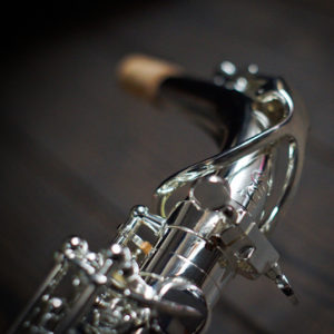 tenor-brussels-polished-brass-1